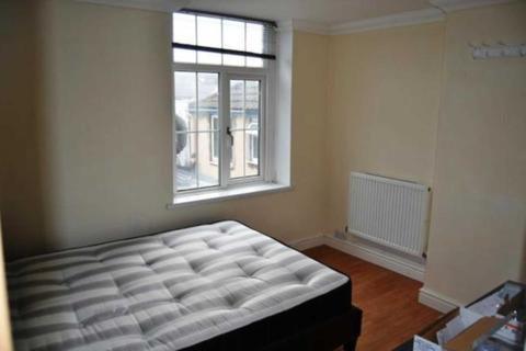 3 bedroom flat to rent - Woodville Road, Cardiff