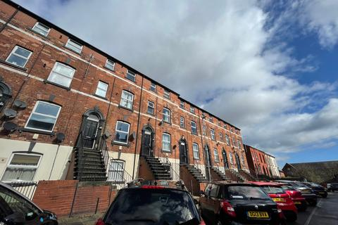 1 bedroom apartment to rent - Flat 2, Providence Avenue, Leeds, West Yorkshire, LS6