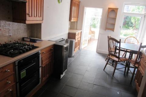 3 bedroom terraced house to rent - Rhyddings Terrace, Brynmill, Swansea. SA2 0DS