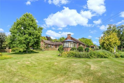 5 bedroom detached bungalow for sale - School Lane, Boxford, Newbury, Berkshire, RG20