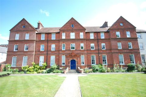 2 bedroom flat for sale - Queenswood House, Cathedral Views, Salisbury, Wiltshire, SP2