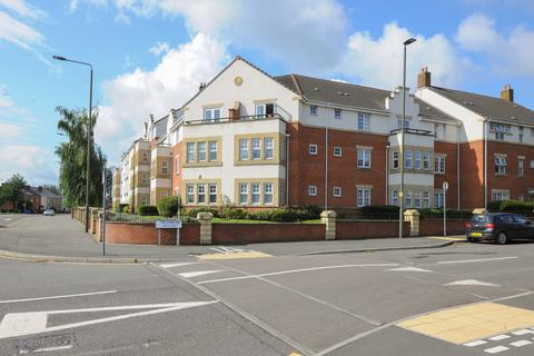 2 bedroom apartment to rent - Grasscroft House, Archdale Close, Chesterfield