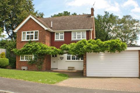4 bedroom detached house to rent - Tates, Hawkhurst