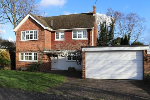 4 bedroom detached house to rent - WALKING DISTANCE TO SHOPS