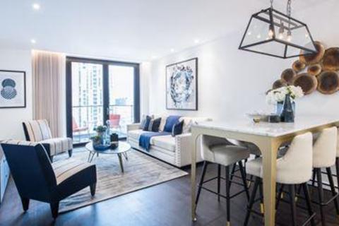 3 bedroom flat to rent - Charles Clowes Walk, Nine Elms, London, London, SW11 7AG