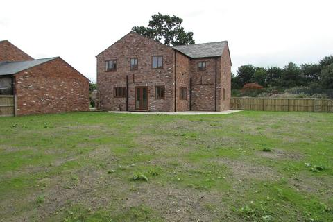 4 bedroom detached house to rent - Gerrard Hey Farm Rochdale