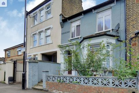2 bedroom apartment for sale - Buckland Road, Leyton, E10