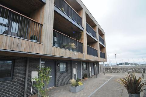 4 bedroom terraced house for sale - Millbay Road, Plymouth. Fantastic Modern Townhouse.