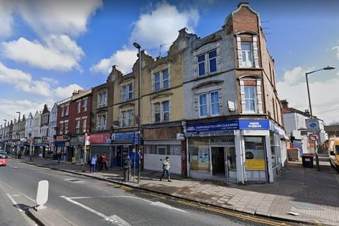 2 bedroom maisonette for sale - TWO BEDROOM FLAT | MAISONETTE | FOR SALE | WEST HENDON BROADWAY | NW9
