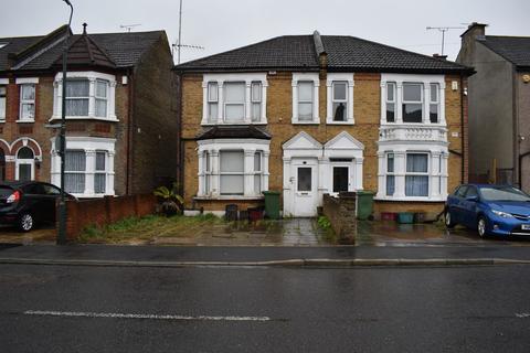 3 bedroom semi-detached house for sale - PEMBROKE ROAD, ERITH, KENT, DA8 1BN