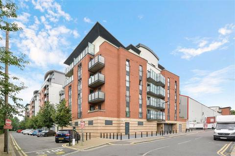 2 bedroom flat for sale - Bloomfield Court, Leyton, London