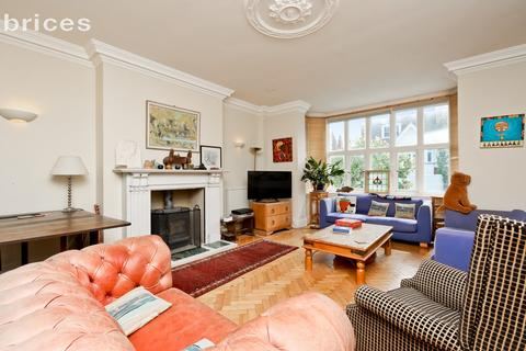 6 bedroom semi-detached house to rent - York Avenue, Hove, BN3