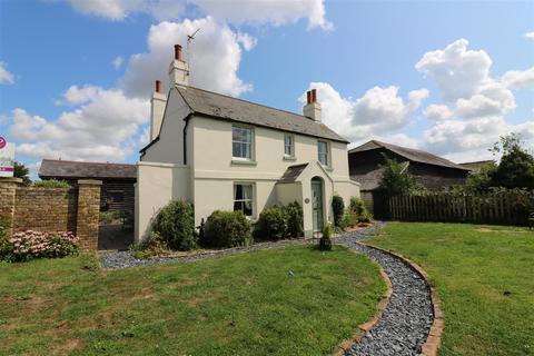 4 bedroom detached house for sale - Dover Road, Sandwich