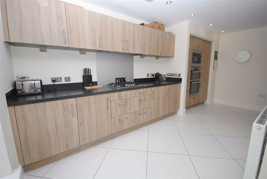 Kitchen Area Additional view