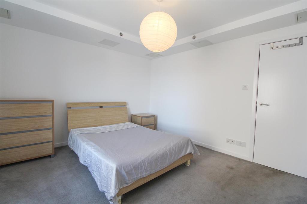 Bedroom2.2.jpg