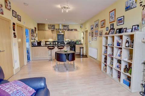 2 bedroom flat for sale - The Conifers, Briercliffe, Lancashire
