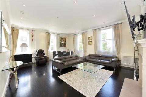 3 bedroom flat to rent - Haselbury House, 81 George Street, Marylebone, London, W1U