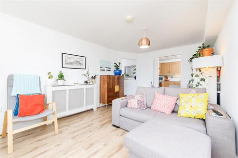 1 bedroom apartment for sale - Hexton Court, Brownswood Road, Finsbury Park, N4