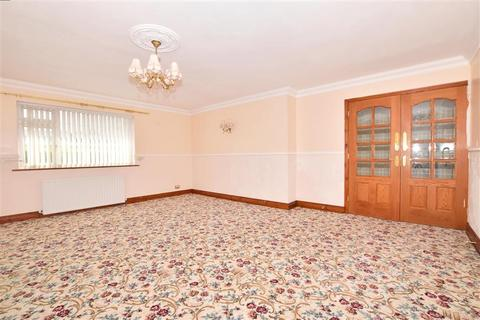 3 bedroom detached bungalow for sale - Egremont Road, Bearsted, Maidstone, Kent