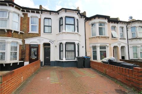 4 bedroom terraced house for sale - Whitehorse Lane, London, SE25