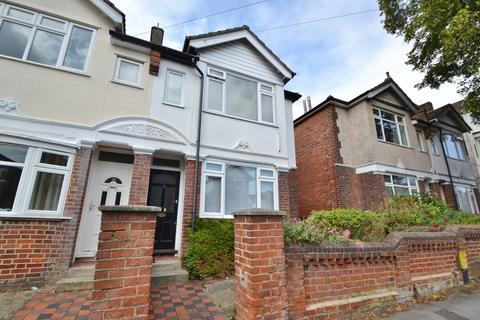 5 bedroom semi-detached house for sale - Southampton