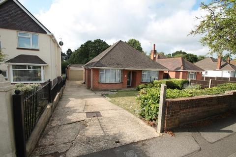 3 bedroom detached bungalow to rent - 34 Evering Avenue Poole Dorset BH12 4JQ