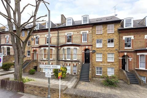 1 bedroom apartment to rent - St James's Terrace, Boundaries Road, SW12