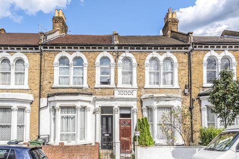 3 bedroom flat for sale - Plato Road, Brixton