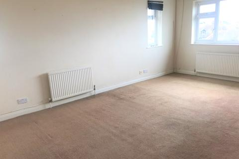 Studio to rent - Leicester Court, Longridge Avenue, Saltdean BN2