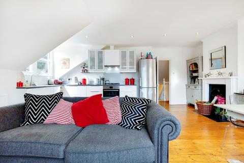 2 bedroom flat for sale - Tierney Road, Streatham, London SW2