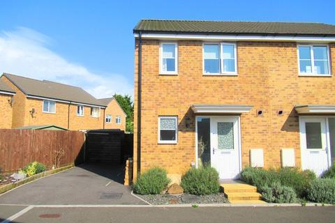 2 bedroom semi-detached house for sale - Llys Tre Dwr, Waterton, Bridgend, Bridgend County. CF31 3BH
