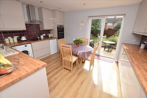 3 bedroom house for sale - Ash Grove, Moulsham Lodge, Chelmsford