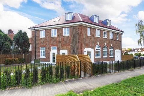 1 bedroom flat to rent - Grand Approach, 2 Bathurst Walk, Richings Park, Buckinghamshire