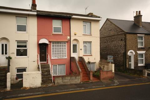 2 bedroom end of terrace house to rent - London Road, Dover
