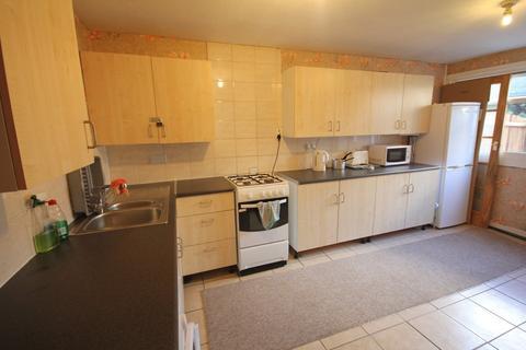 1 bedroom house share to rent - Norton Close, Smethwick, B66
