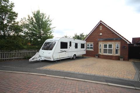 2 bedroom detached bungalow for sale - Lancers Drive, Melton Mowbray