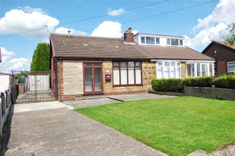 2 bedroom bungalow for sale - Warwick Road, Alkrington, Middleton, Manchester, M24