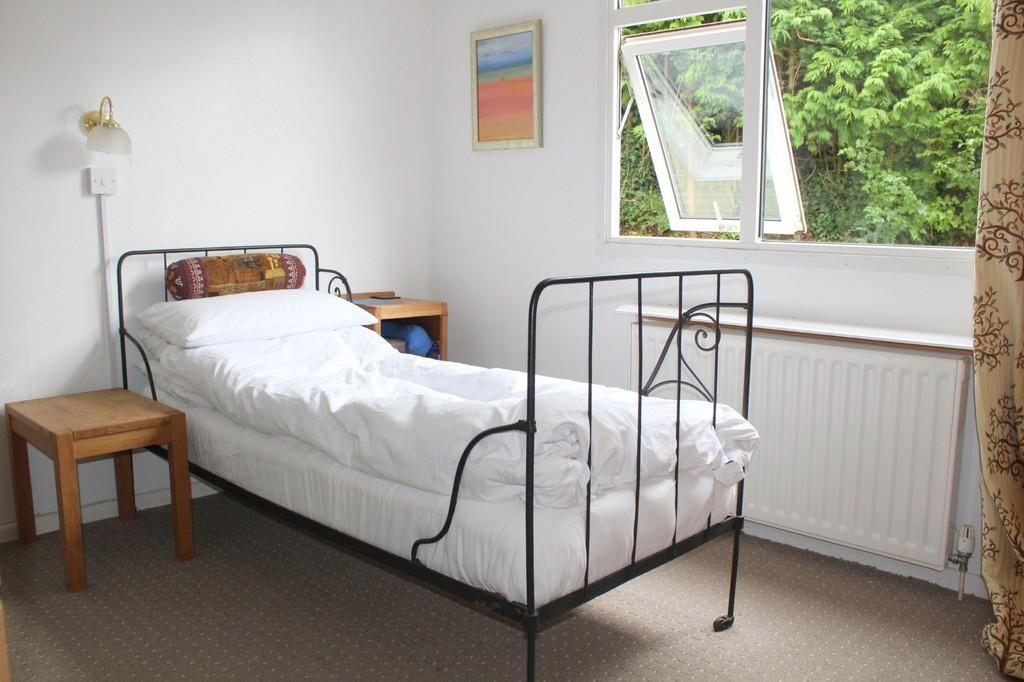 BEDROOM 1 (Photo 1)