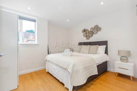 1 bedroom apartment to rent - Napier Road - TOWN CENTRE - LU1 1RF