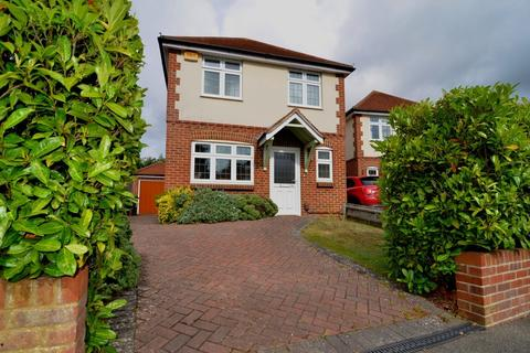 3 bedroom detached house for sale - Pinevale Crescent, Bournemouth