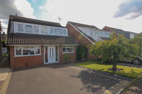 4 bedroom detached house for sale - Hailsham Close, Mickleover