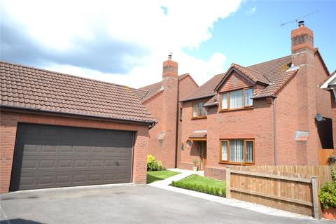 4 bedroom detached house for sale - Page Drive, Pengam Green, Cardiff, CF24