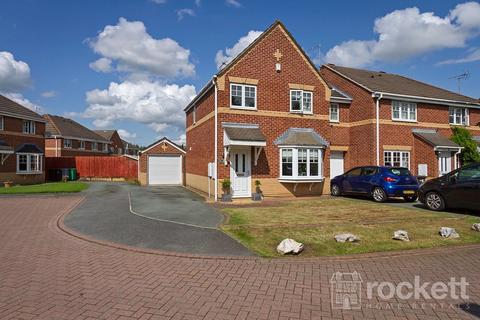 3 bedroom semi-detached house to rent - Barrie Grove, Crewe