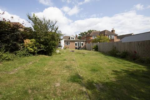 3 bedroom detached bungalow for sale - Well Lane, Stock