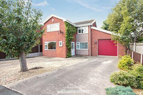 4 bedroom detached house for sale - Llys Dedwydd, Rhyl