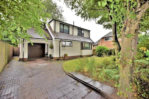 3 bedroom detached house for sale - Moorland Road, Poulton, Poulton-Le-Fylde, Lancashire, FY6 7EU