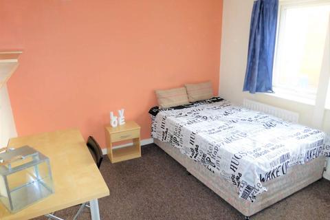 1 bedroom house share to rent - Canterbury Drive, Headingley, Leeds