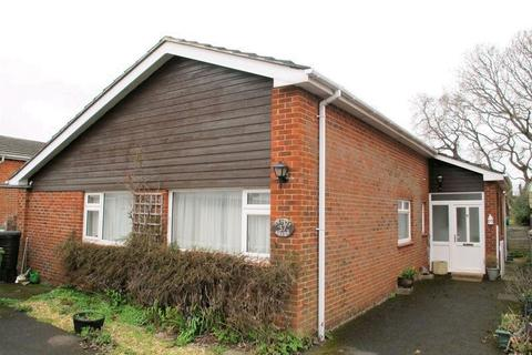 3 bedroom bungalow to rent - Osborne View Road, Hill Head, Fareham