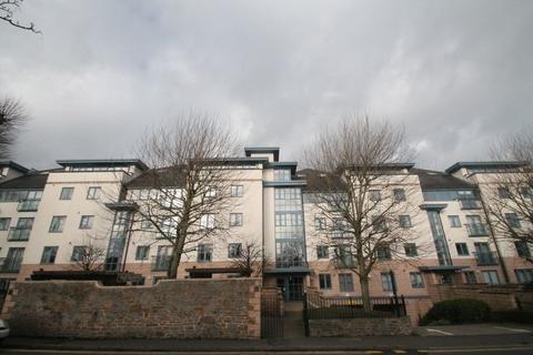 2 bedroom penthouse to rent - Cumberland Road, Bristol