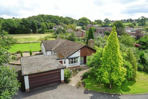 3 bedroom detached bungalow for sale - White Oaks, Bignall Hill, Bignall End